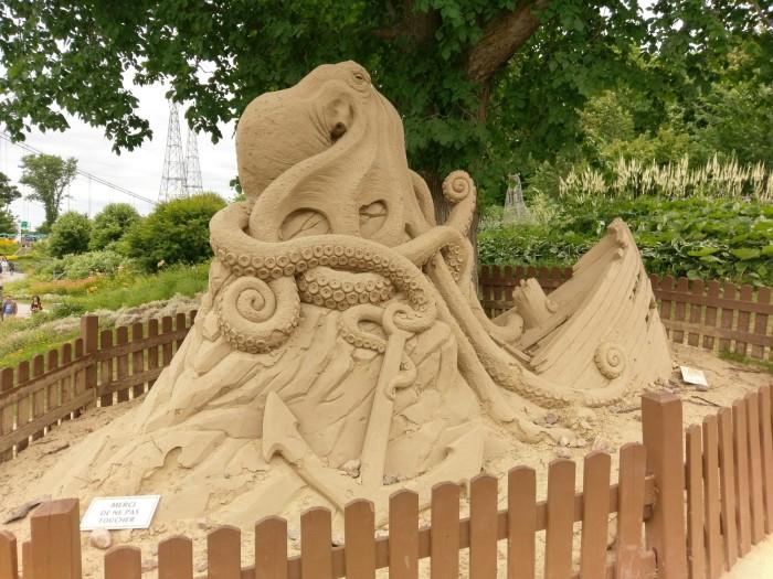 0725 Sand Sculpture